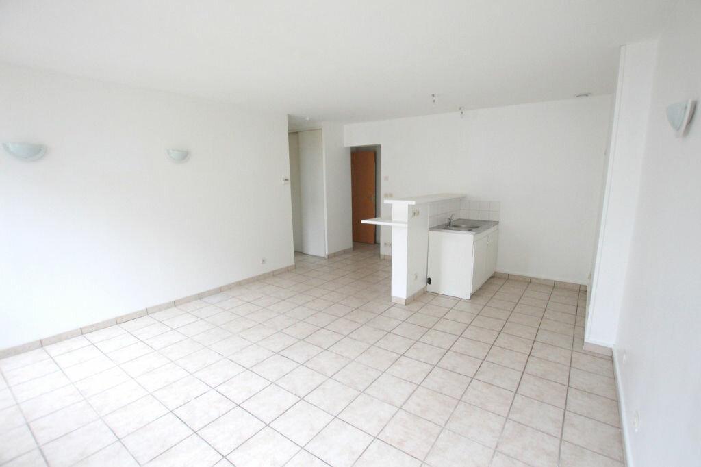 Appartement à louer 3 54.77m2 à Le Havre vignette-3