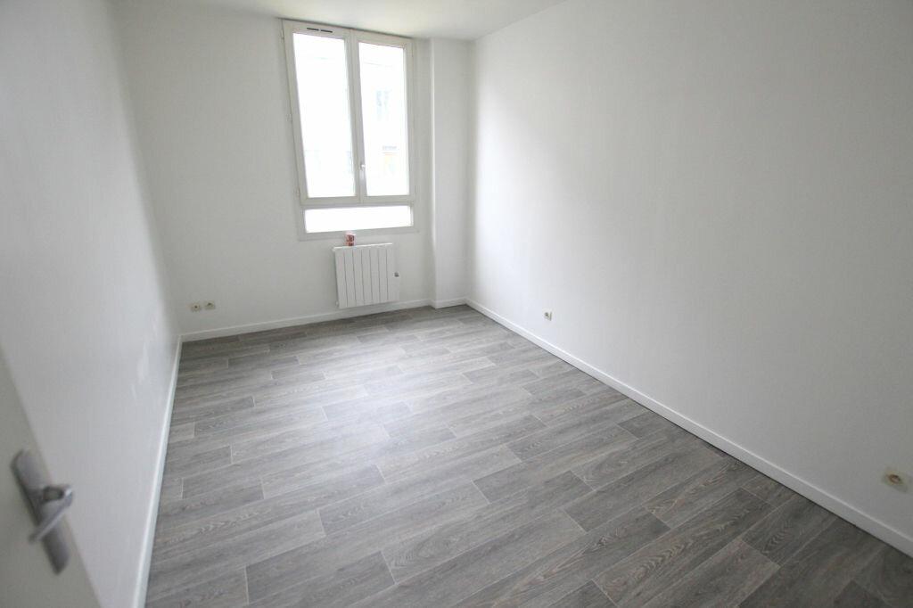 Appartement à louer 3 54.77m2 à Le Havre vignette-4