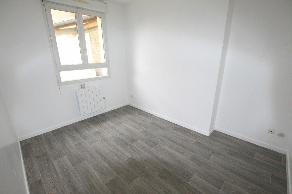 Appartement à louer 3 54.77m2 à Le Havre vignette-5