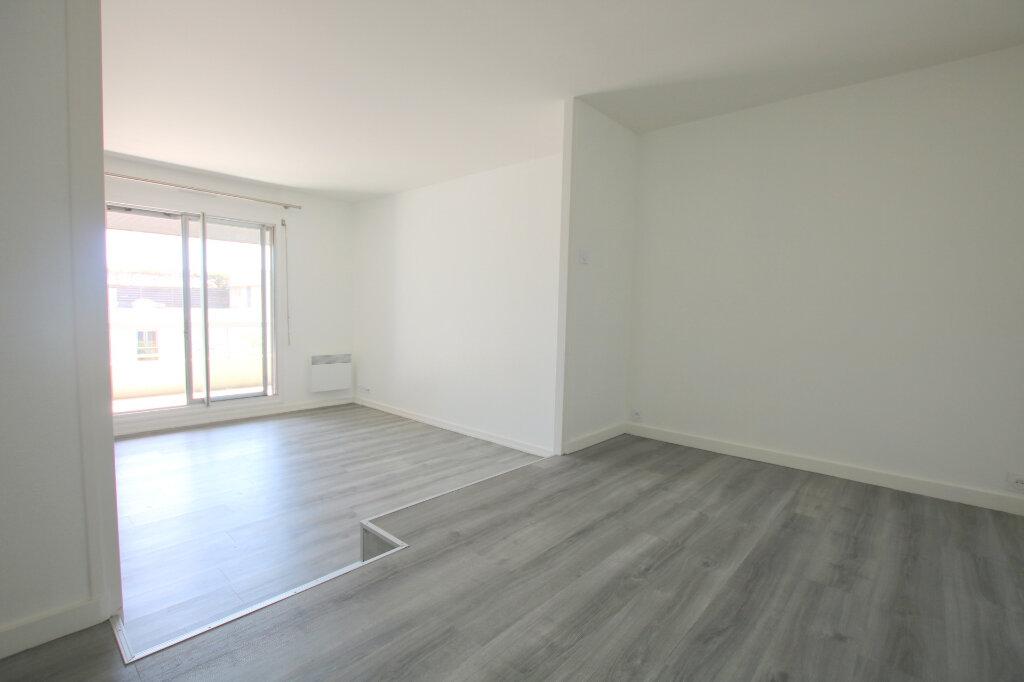 Appartement à louer 2 50.55m2 à Sainte-Adresse vignette-1