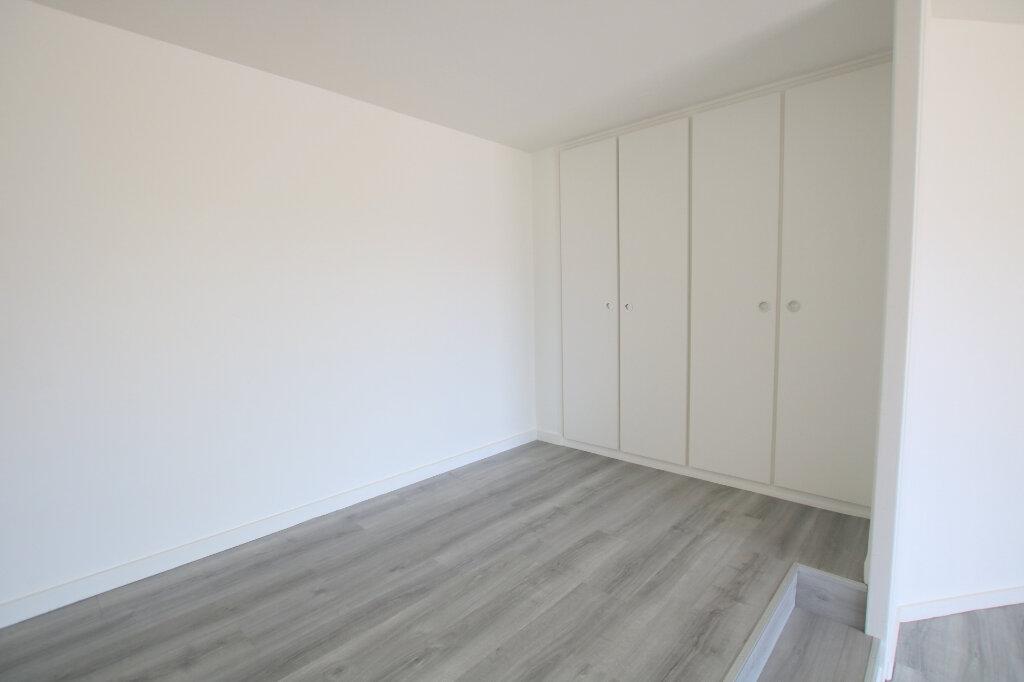 Appartement à louer 2 50.55m2 à Sainte-Adresse vignette-2