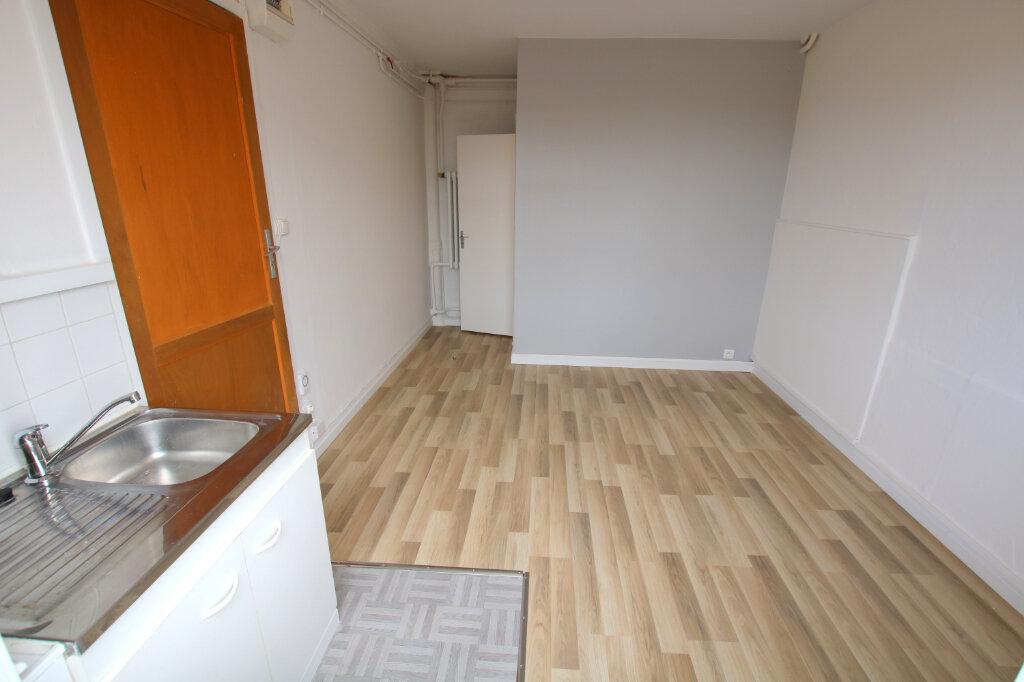 Appartement à louer 1 16.17m2 à Le Havre vignette-2