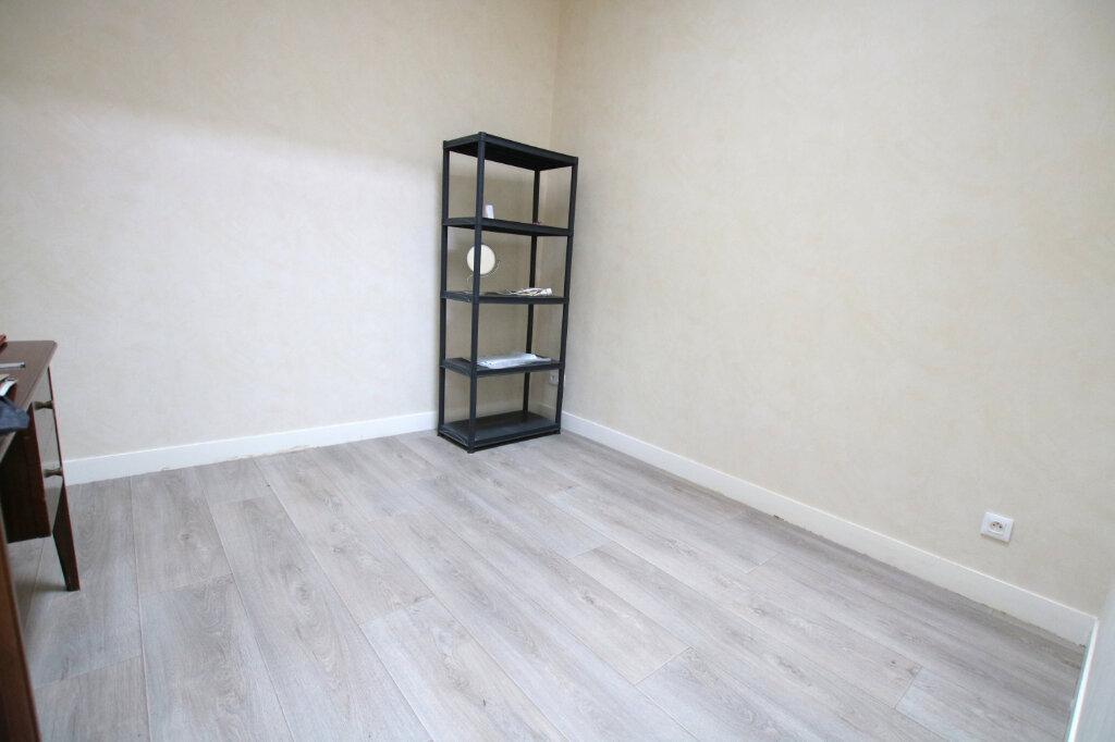 Appartement à louer 3 73.42m2 à Le Havre vignette-2