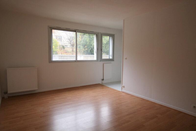 Appartement à louer 2 41.78m2 à Sainte-Adresse vignette-1