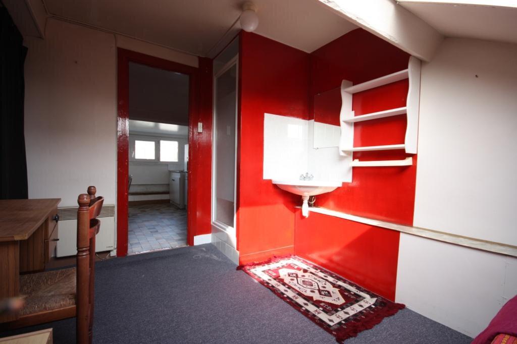 Appartement à louer 0 14.59m2 à Le Havre vignette-2