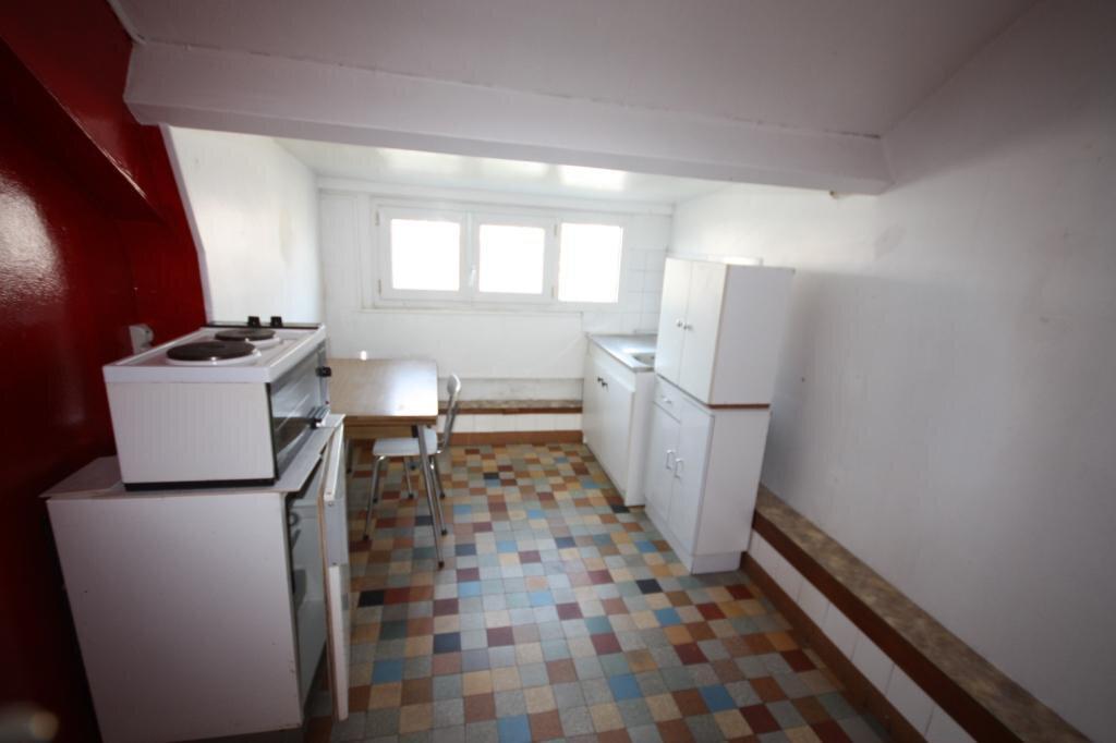 Appartement à louer 0 14.59m2 à Le Havre vignette-4