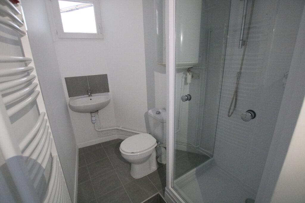Appartement à louer 1 13m2 à Le Havre vignette-4