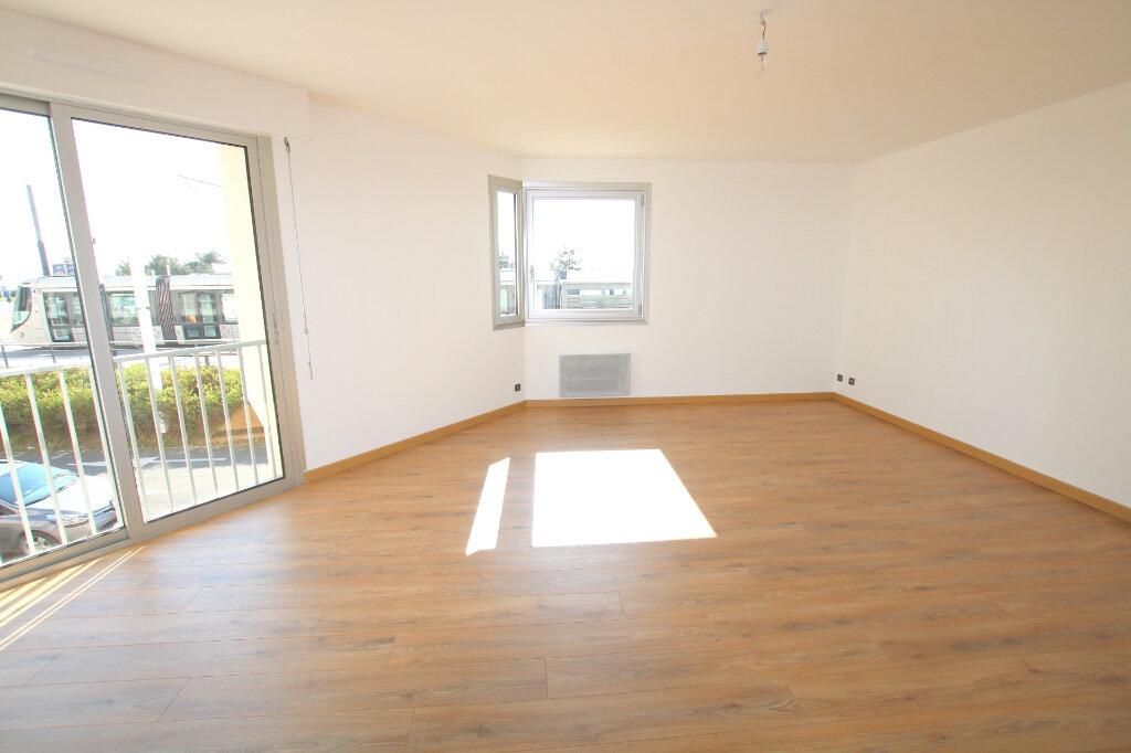 Appartement à louer 3 59.45m2 à Le Havre vignette-1