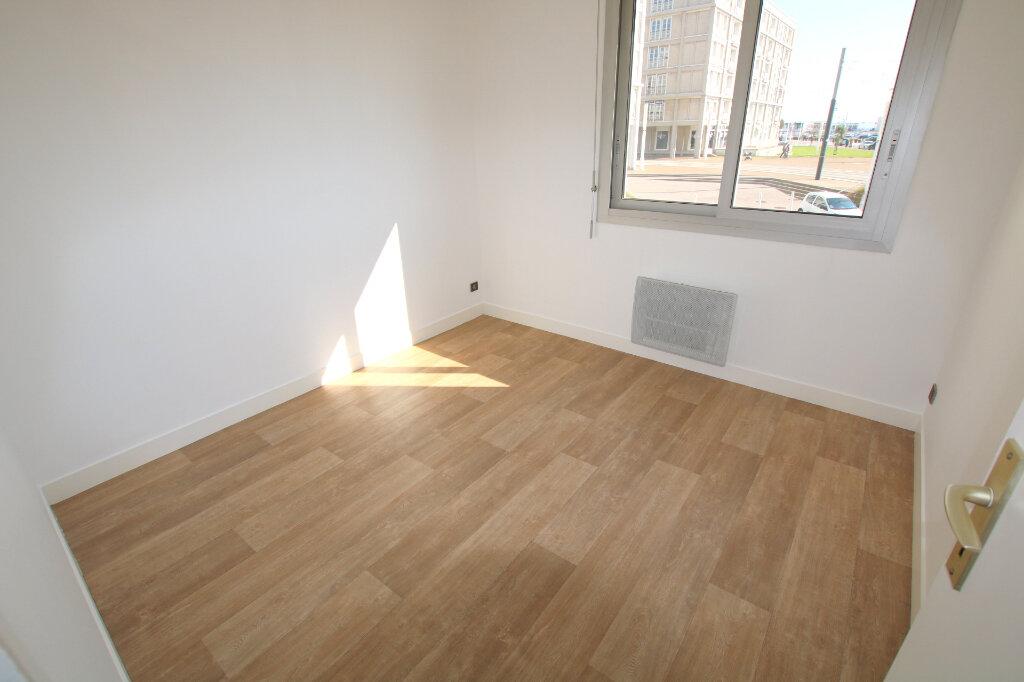 Appartement à louer 3 59.45m2 à Le Havre vignette-3