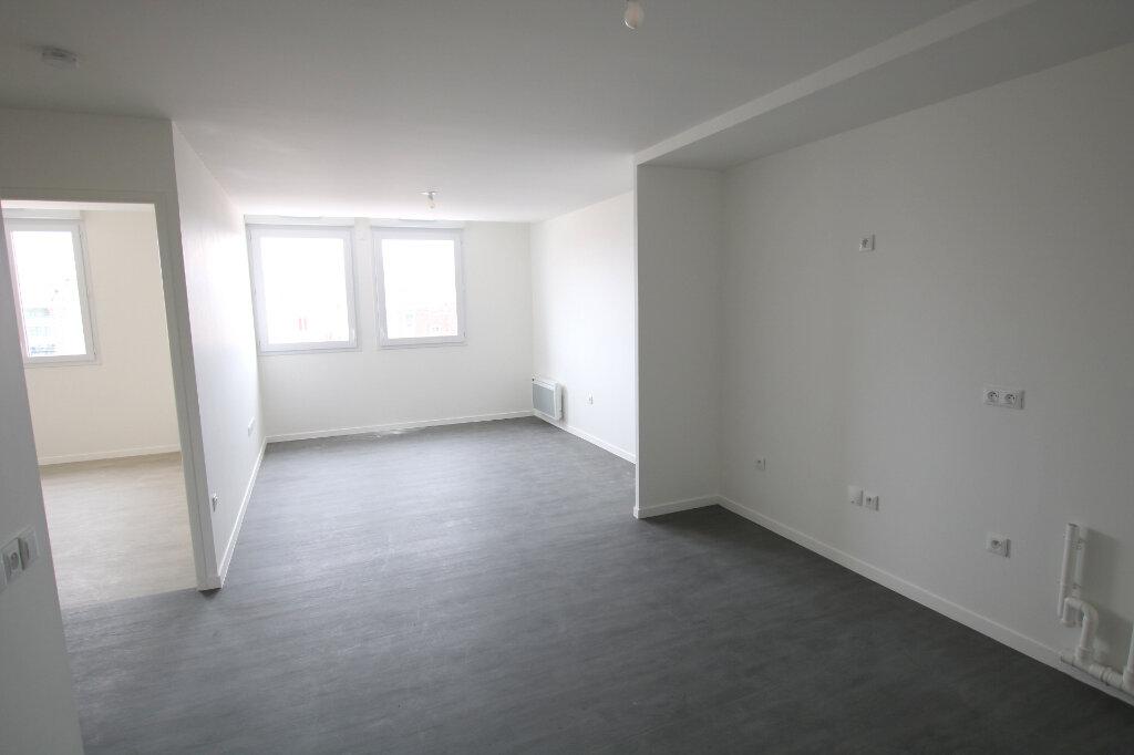 Appartement à louer 3 56.13m2 à Le Havre vignette-3