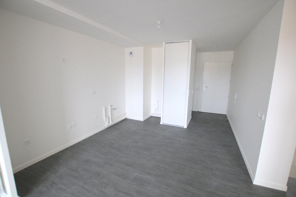 Appartement à louer 3 56.13m2 à Le Havre vignette-4