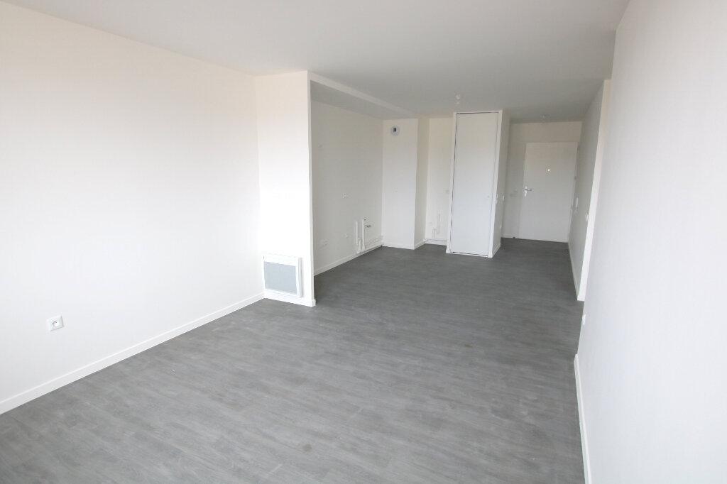 Appartement à louer 3 56.13m2 à Le Havre vignette-6