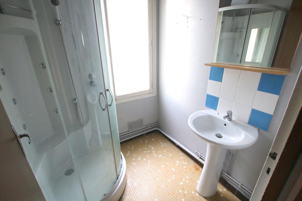 Appartement à louer 3 53.34m2 à Le Havre vignette-5