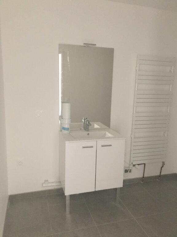 Appartement à louer 3 64.72m2 à Le Havre vignette-6