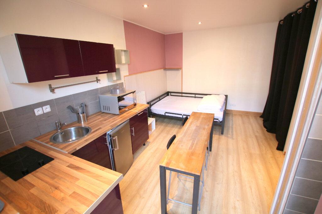 Appartement à louer 1 19.99m2 à Le Havre vignette-2