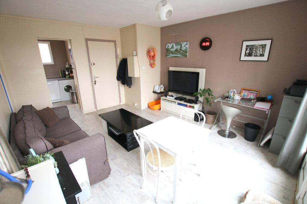 Appartement à louer 2 40.52m2 à Le Havre vignette-2