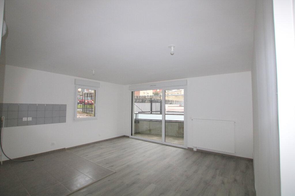 Appartement à louer 3 64.72m2 à Le Havre vignette-2