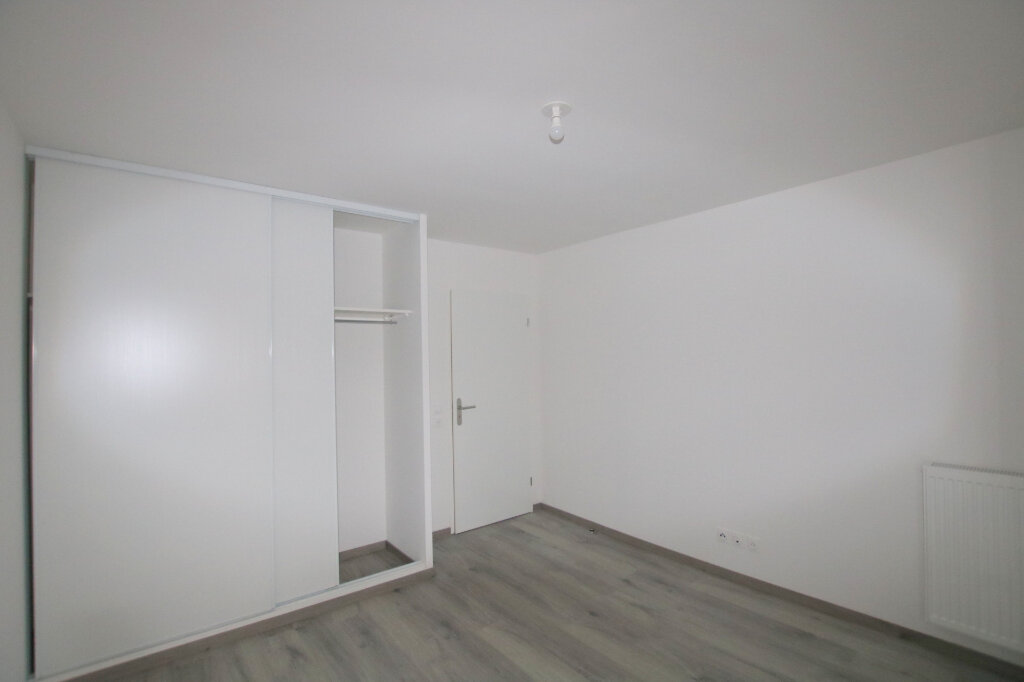 Appartement à louer 3 64.72m2 à Le Havre vignette-4