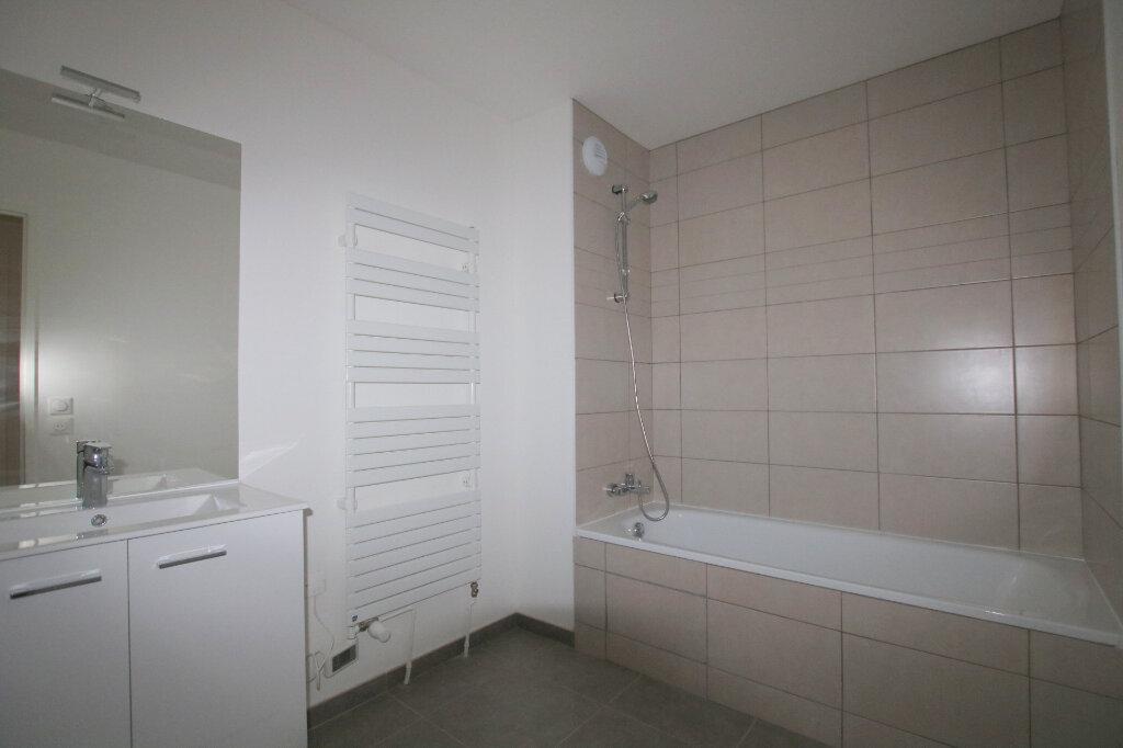 Appartement à louer 3 64.72m2 à Le Havre vignette-7