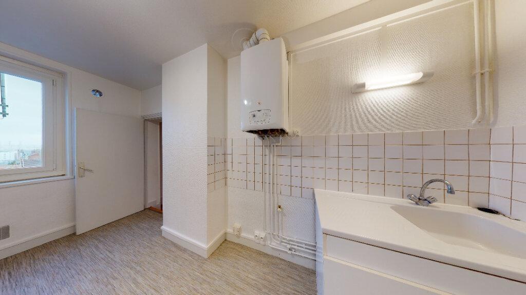 Appartement à louer 3 55.56m2 à Le Havre vignette-4