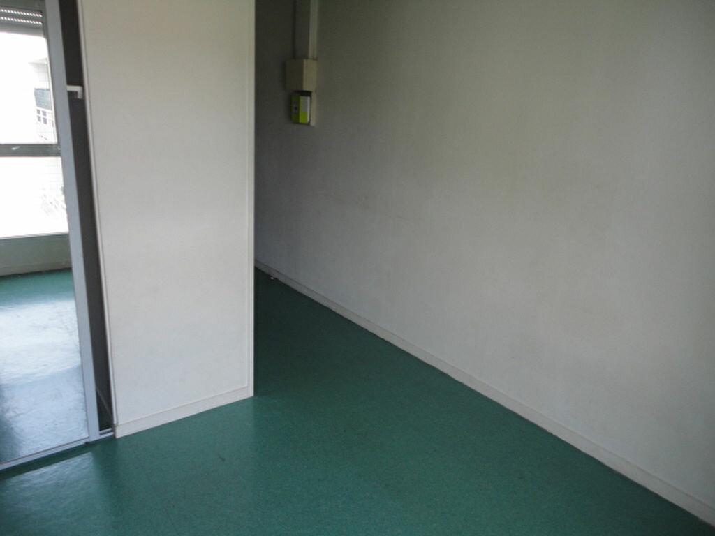 Appartement à louer 1 15m2 à Le Havre vignette-4