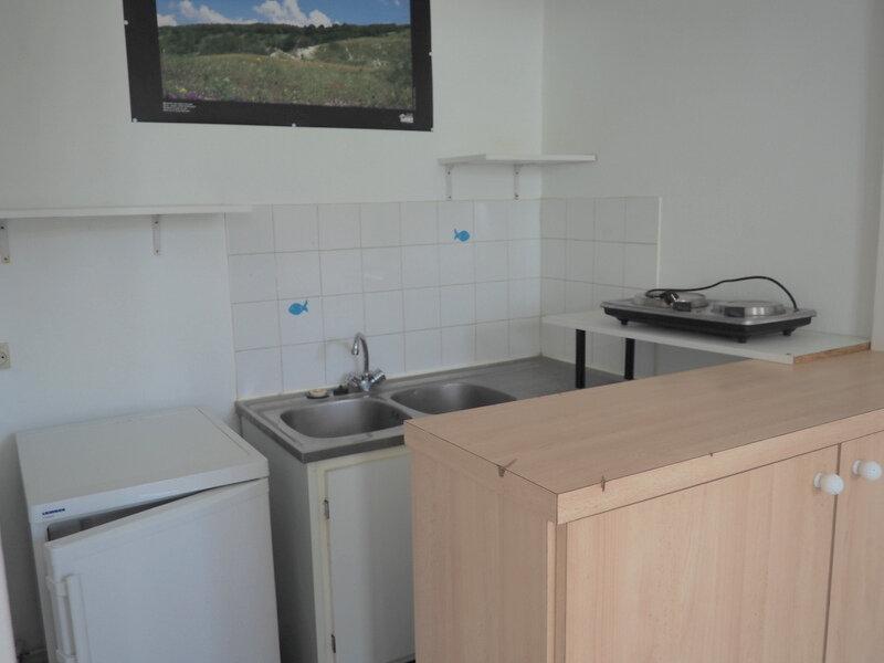 Appartement à louer 1 18m2 à Le Havre vignette-3