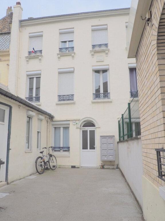 Appartement à louer 1 14.55m2 à Le Havre vignette-2