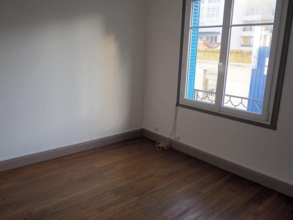 Appartement à louer 2 39.96m2 à Le Havre vignette-1