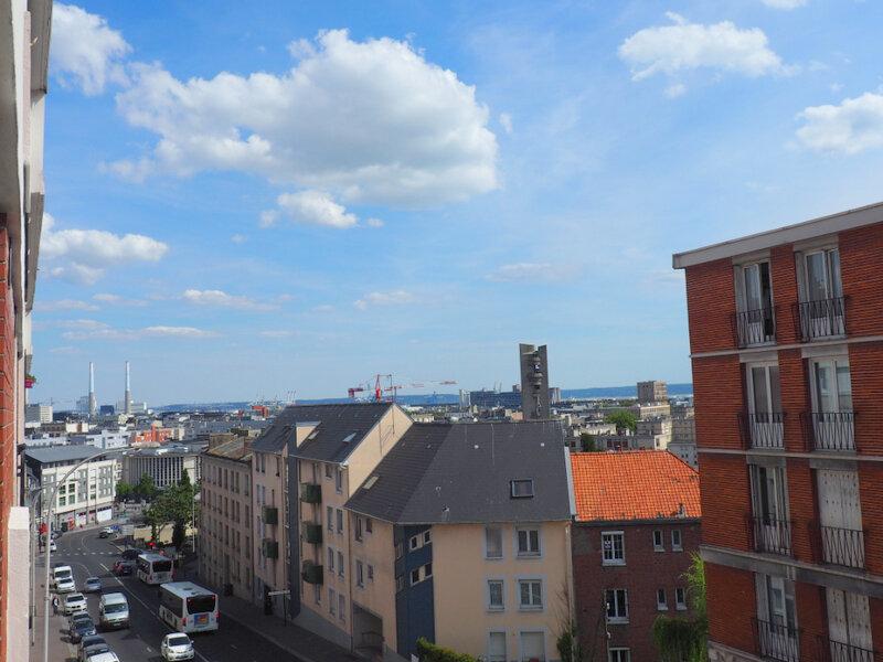Appartement à louer 4 65.7m2 à Le Havre vignette-1