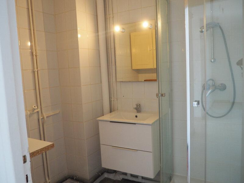 Appartement à louer 4 65.7m2 à Le Havre vignette-6