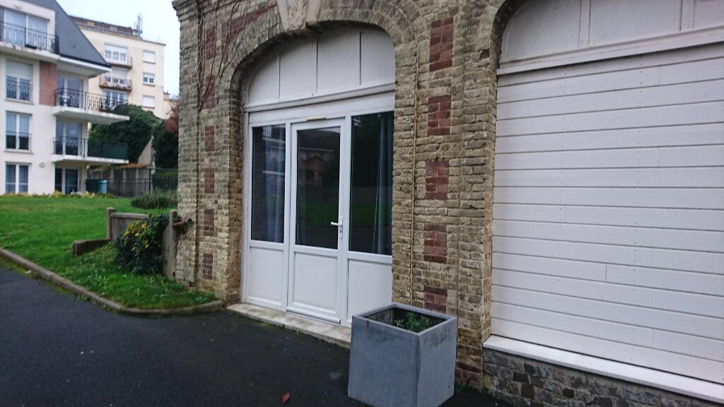 Appartement à louer 2 39.9m2 à Montivilliers vignette-2