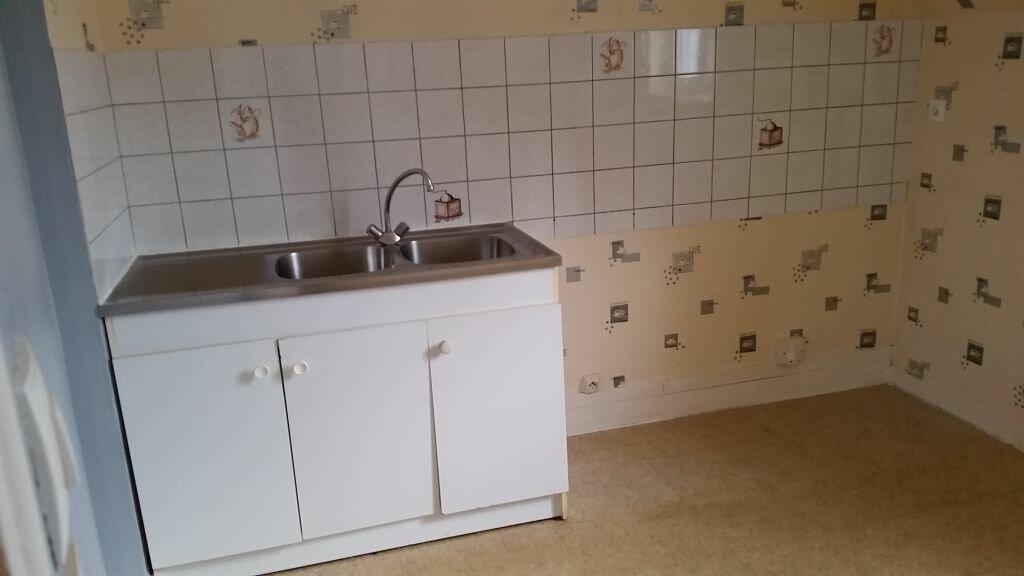 Appartement à louer 3 49.29m2 à Dives-sur-Mer vignette-3