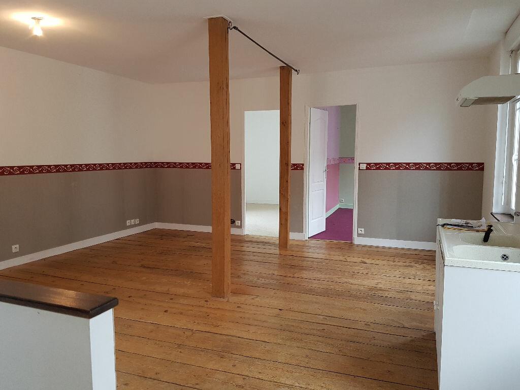 Appartement à louer 3 52.89m2 à Dives-sur-Mer vignette-1