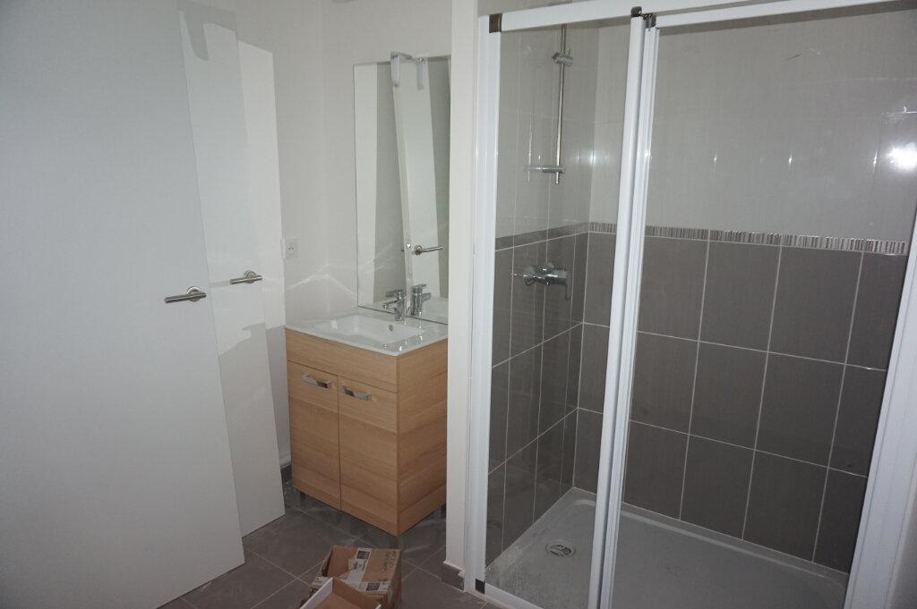 Appartement à louer 3 58.04m2 à Mondeville vignette-3