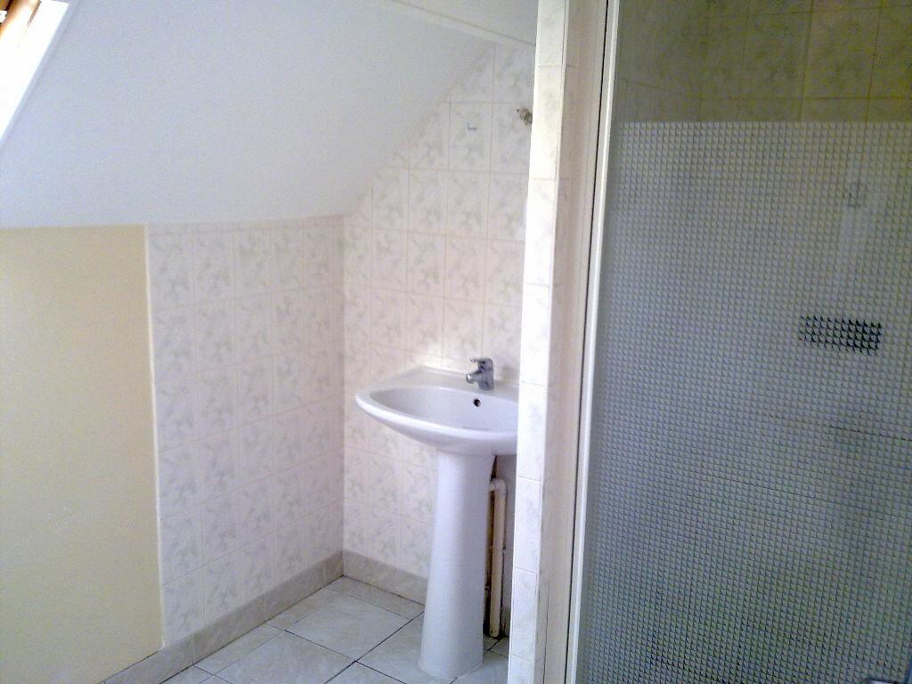 Maison à louer 3 70m2 à Cagny vignette-9