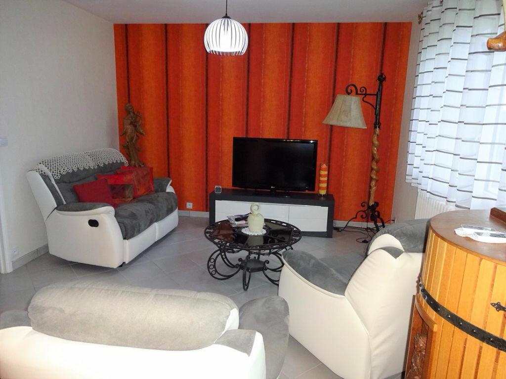 Maison à vendre 4 100m2 à Frénouville vignette-3