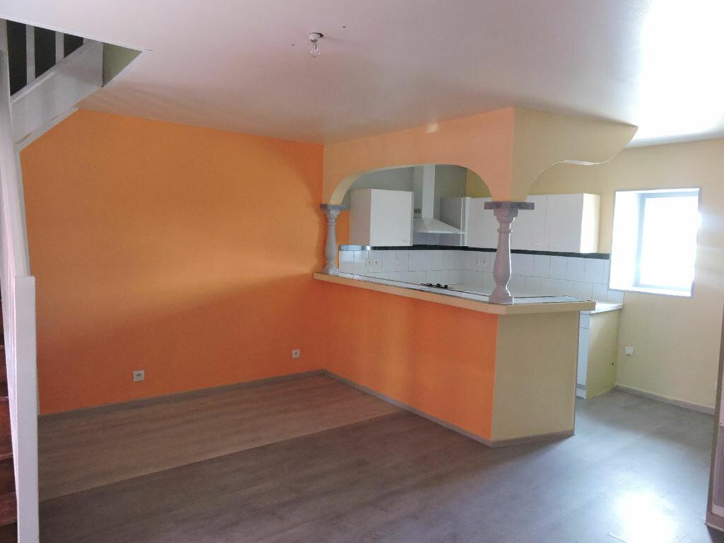 Appartement à louer 3 45m2 à Cagny vignette-5
