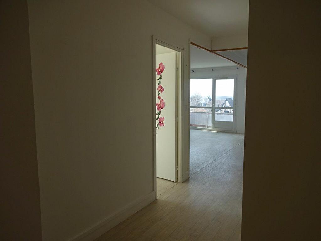 Appartement à vendre 4 77m2 à Caen vignette-2
