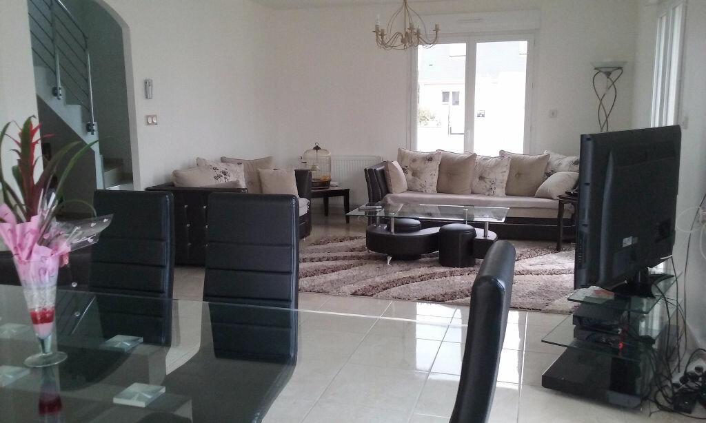 Maison à vendre 6 150m2 à Frénouville vignette-4