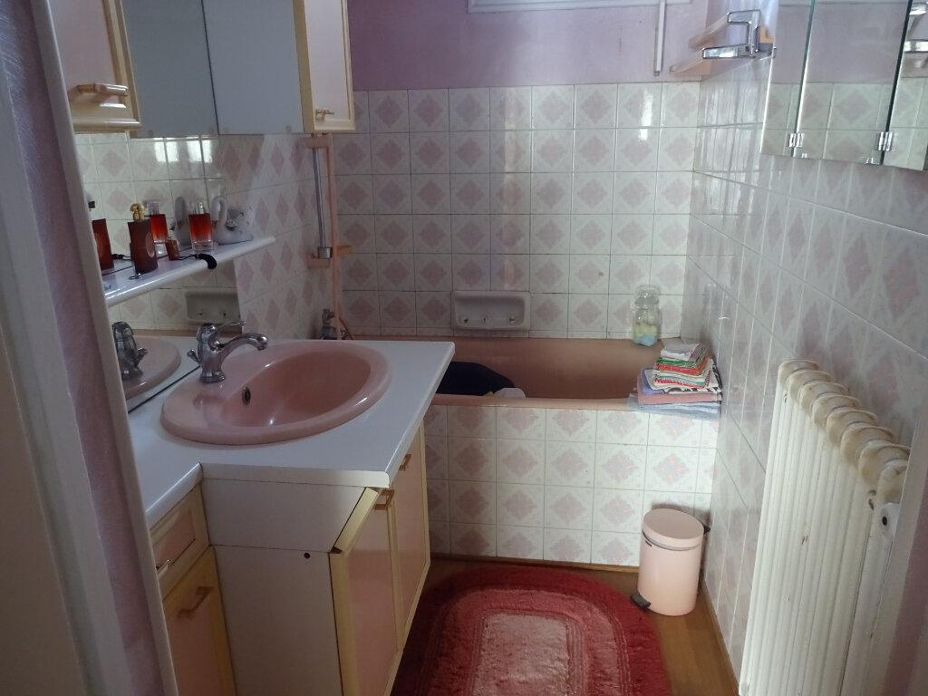 Maison à vendre 4 108m2 à Cagny vignette-6