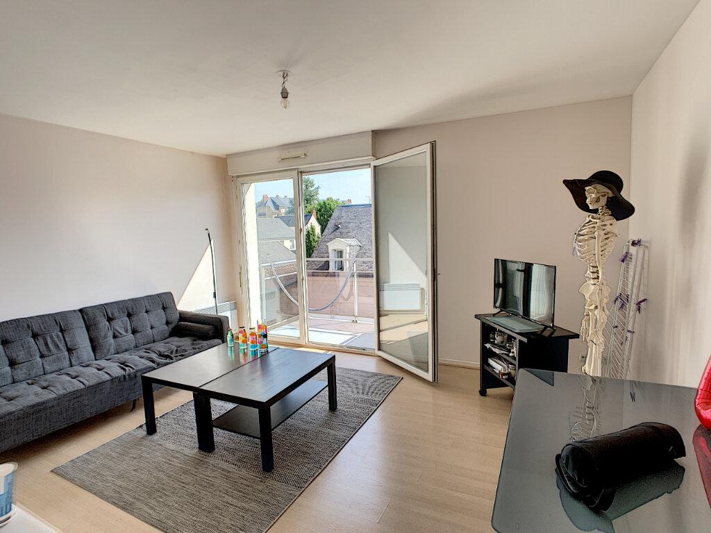 Appartement à vendre 3 54.1m2 à La Riche vignette-1