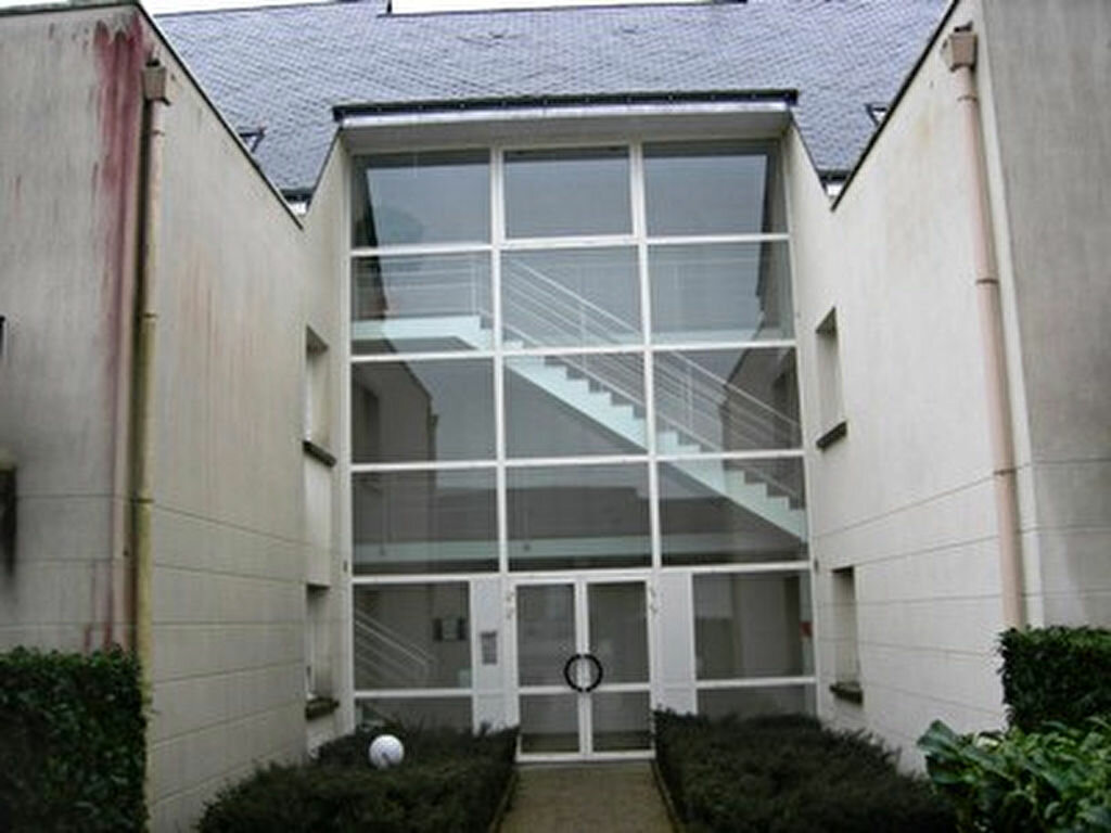 Appartement à louer 2 39.75m2 à Tours vignette-1