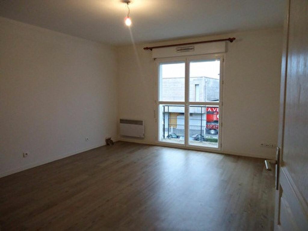 Appartement à louer 2 39.75m2 à Tours vignette-2