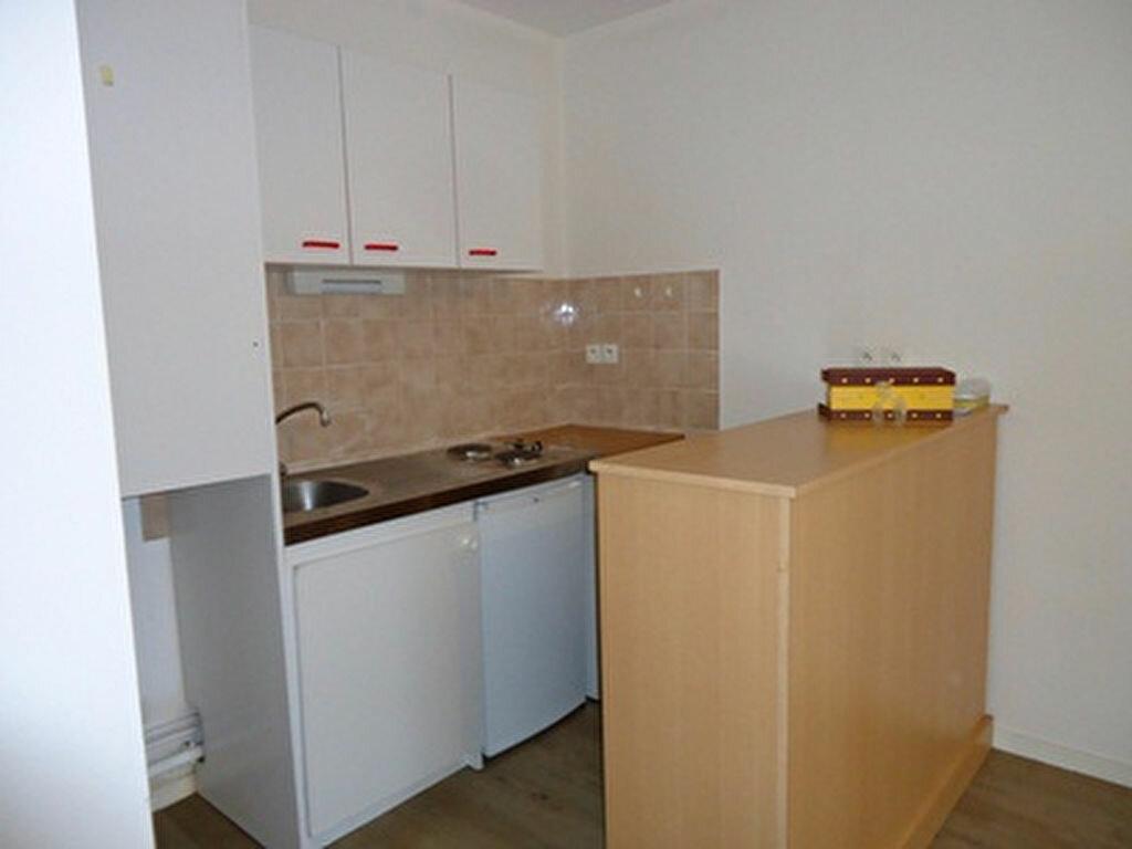 Appartement à louer 2 39.75m2 à Tours vignette-4