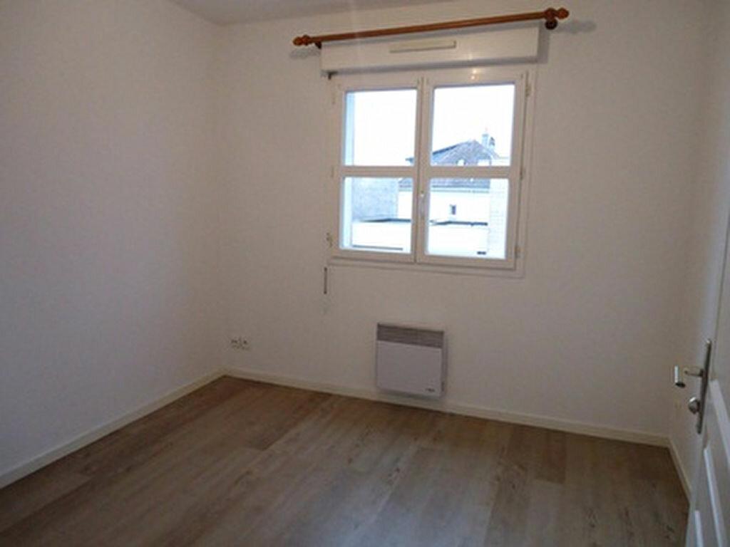 Appartement à louer 2 39.75m2 à Tours vignette-6
