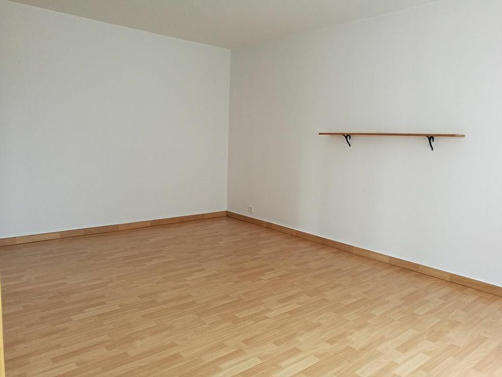 Appartement à louer 1 31.91m2 à Tours vignette-1