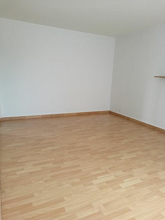 Appartement à louer 1 31.91m2 à Tours vignette-4
