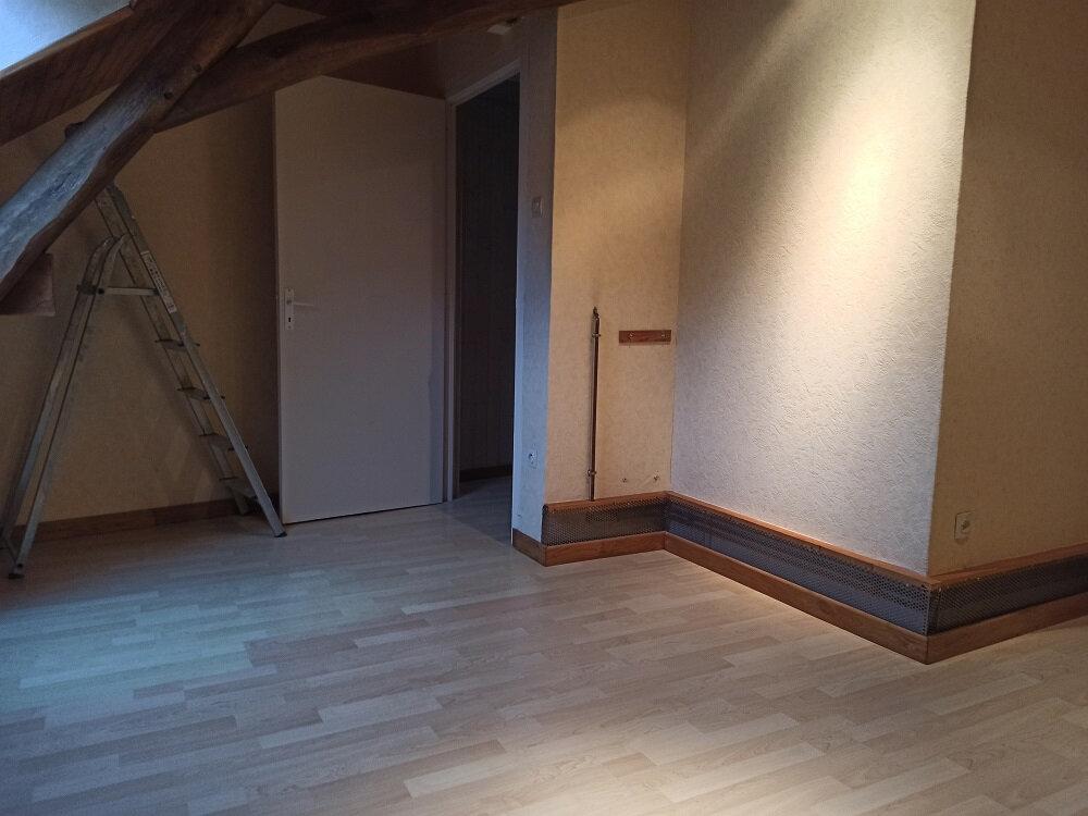 Maison à louer 6 147.43m2 à Véretz vignette-7
