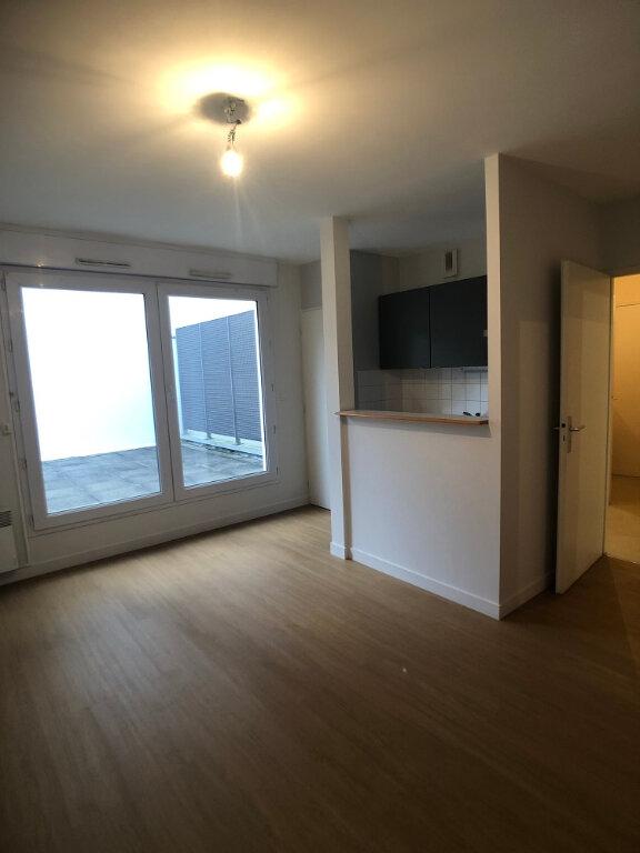 Appartement à louer 3 44.46m2 à Tours vignette-1