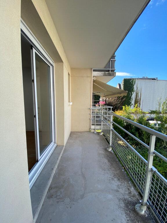 Appartement à louer 2 39.1m2 à Tours vignette-2